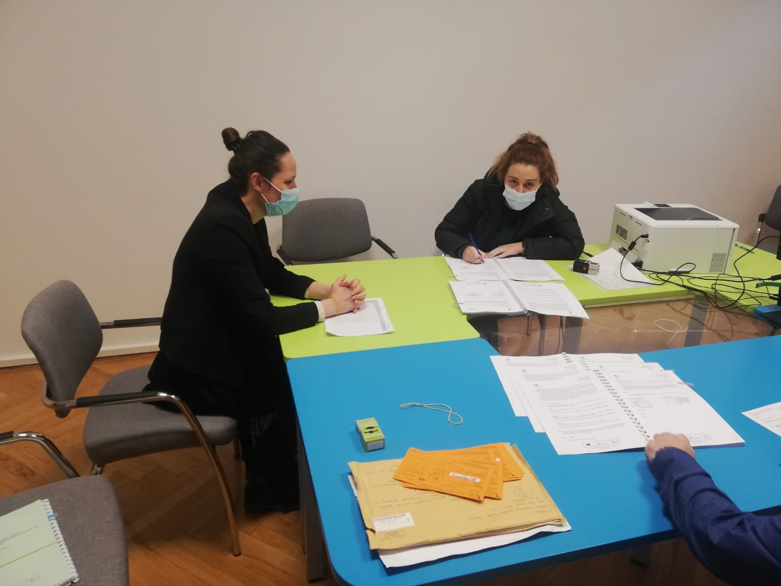 """U Novsku stiže STEM laboratorij i znanstveni park – Udruga mladih potpisala Ugovor za projekt """"Novsky"""""""